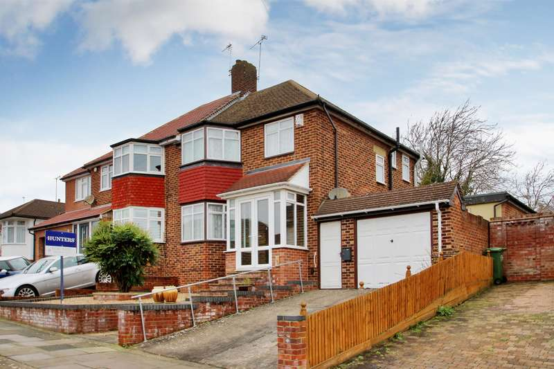 4 Bedrooms Semi Detached House for sale in Longmead Drive, Sidcup, Kent, DA14 4NY