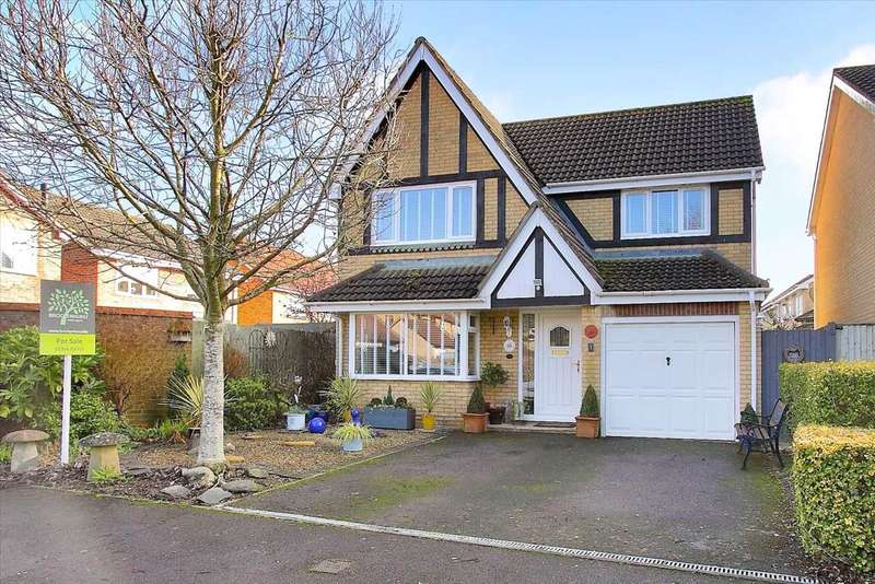 4 Bedrooms Detached House for sale in Edelweiss Close, Ludgershall