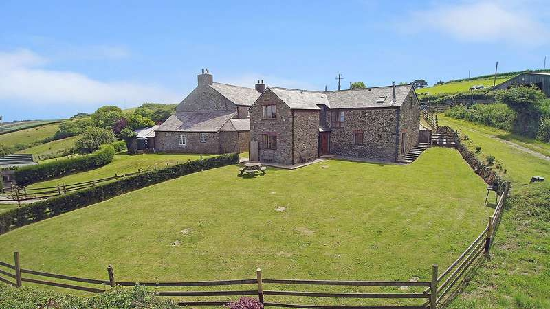 4 Bedrooms House for sale in Saltash, Cornwall, PL12