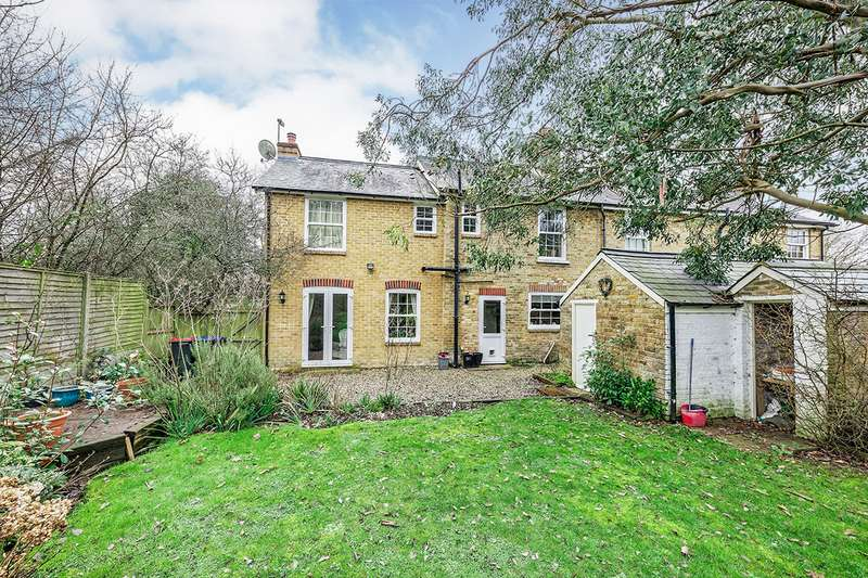 4 Bedrooms Semi Detached House for sale in Woodside Cottages, Upper Harbledown, Canterbury, Kent, CT2