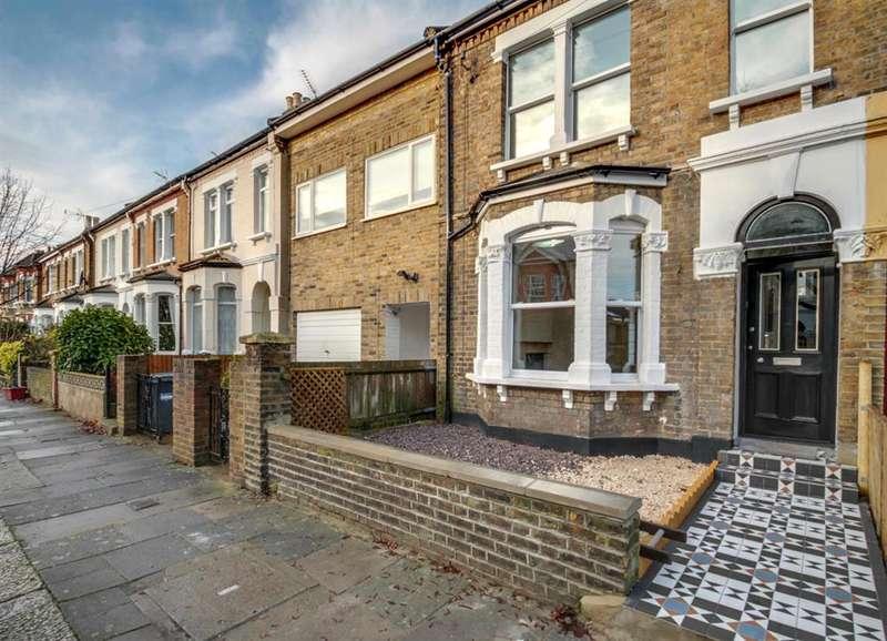 4 Bedrooms Terraced House for sale in Whitestile Road, Brentford, TW8 9NJ