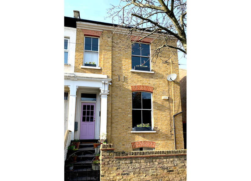 4 Bedrooms Semi Detached House for sale in Stannard Road, E8 1DB
