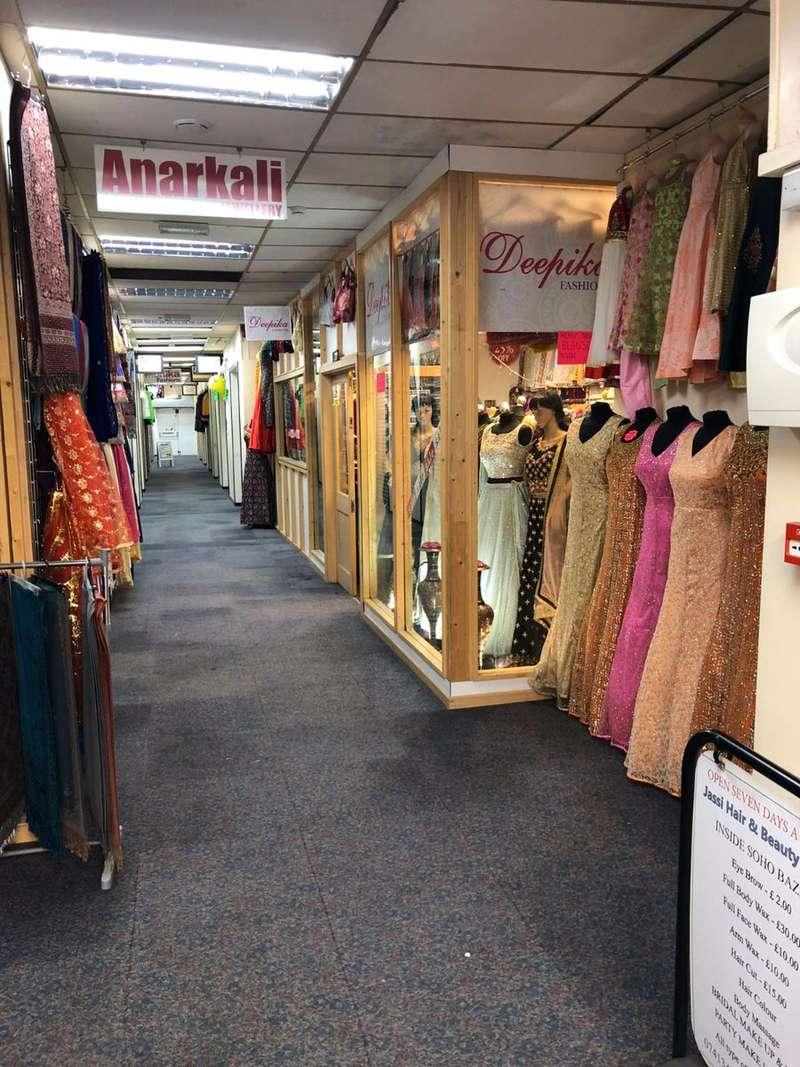 Shop Commercial for rent in SOHO ROAD SOHO BAZAAR