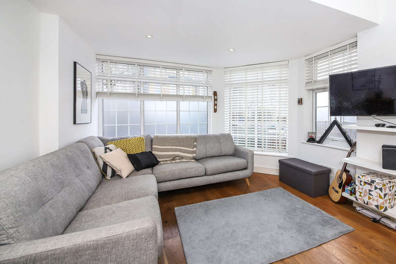 2 Bedrooms Apartment Flat for sale in East Dulwich Grove, East Dulwich