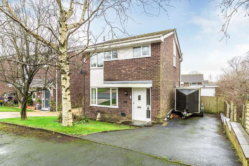 3 Bedrooms Detached House for sale in Foxcote, Chorley, Lancashire, PR7