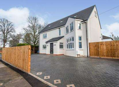 5 Bedrooms Detached House for sale in Sandhurst Road, Kingsholm, Gloucester, Gloucestershire