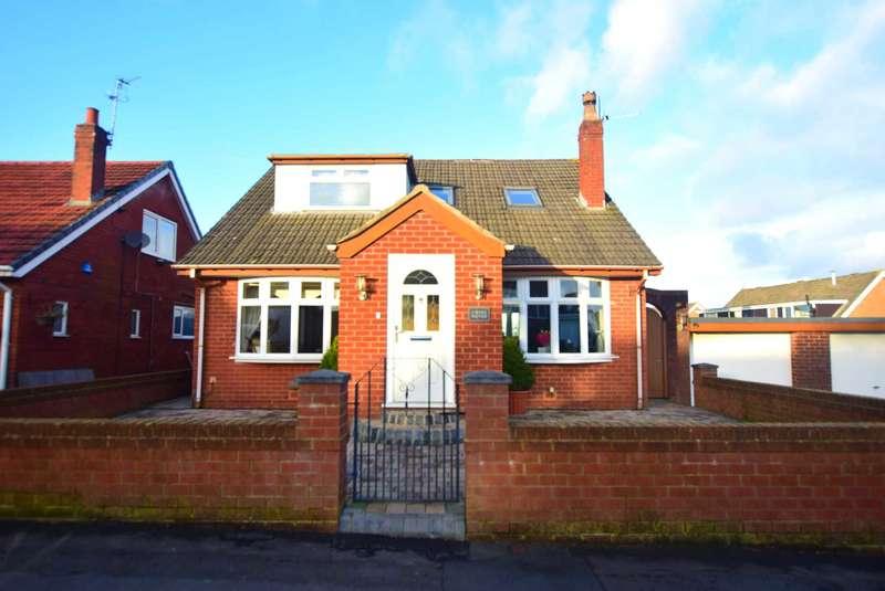 4 Bedrooms Detached House for sale in Wyre Avenue, Kirkham, PR4 2YE