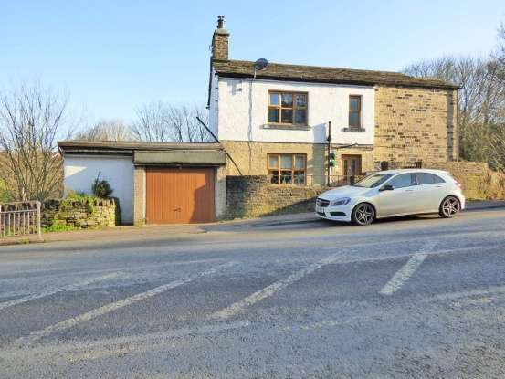 Detached House for sale in Huddersfield Rd, Brighouse, West Yorkshire, HD6 3RQ
