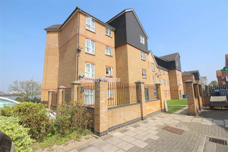 2 Bedrooms Apartment Flat for sale in Greenhaven Drive, Thamesmead, SE28
