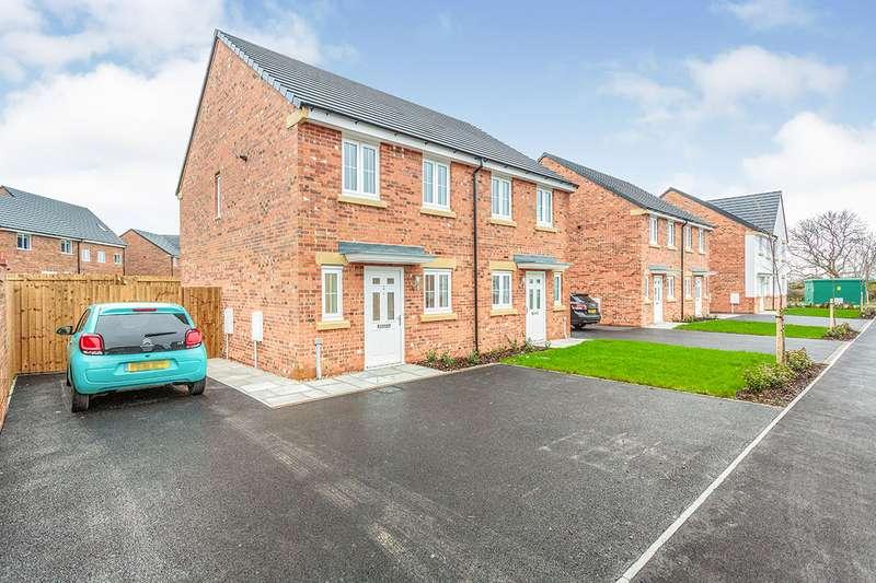 2 Bedrooms Semi Detached House for sale in Roseberry Close, Warton, Preston, Lancashire, PR4