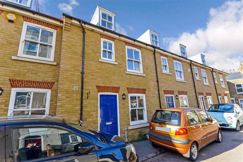 3 Bedrooms Terraced House for sale in Irchester Street, Ramsgate, Kent