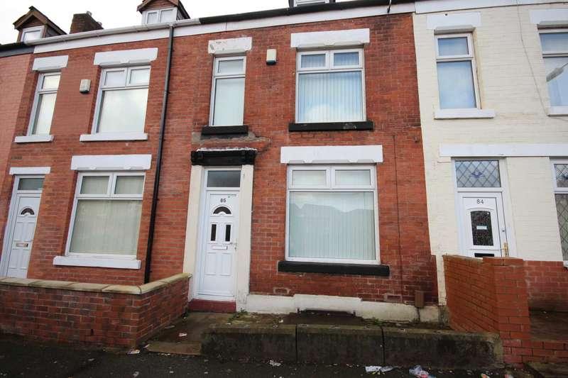 4 Bedrooms Terraced House for sale in Rishton Lane, Bolton