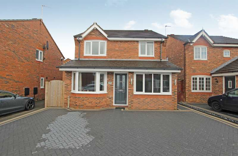 4 Bedrooms Detached House for sale in Brotherston Drive, Blackburn, BB2 4FJ