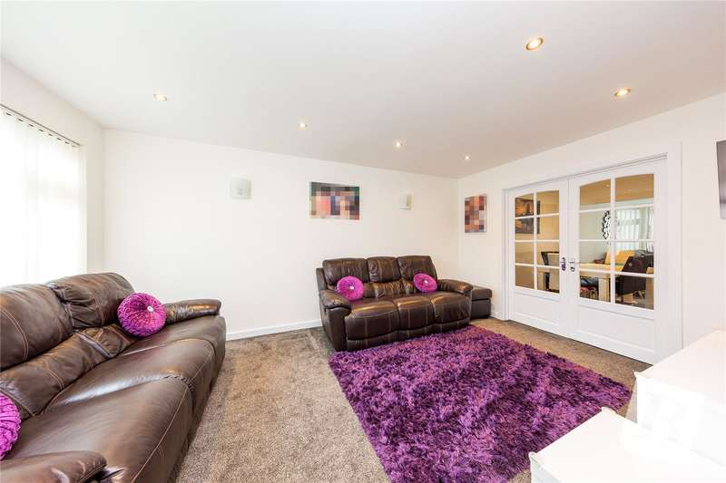 3 Bedrooms End Of Terrace House for sale in Beaumont Drive, Northfleet, Gravesend, Kent, DA11