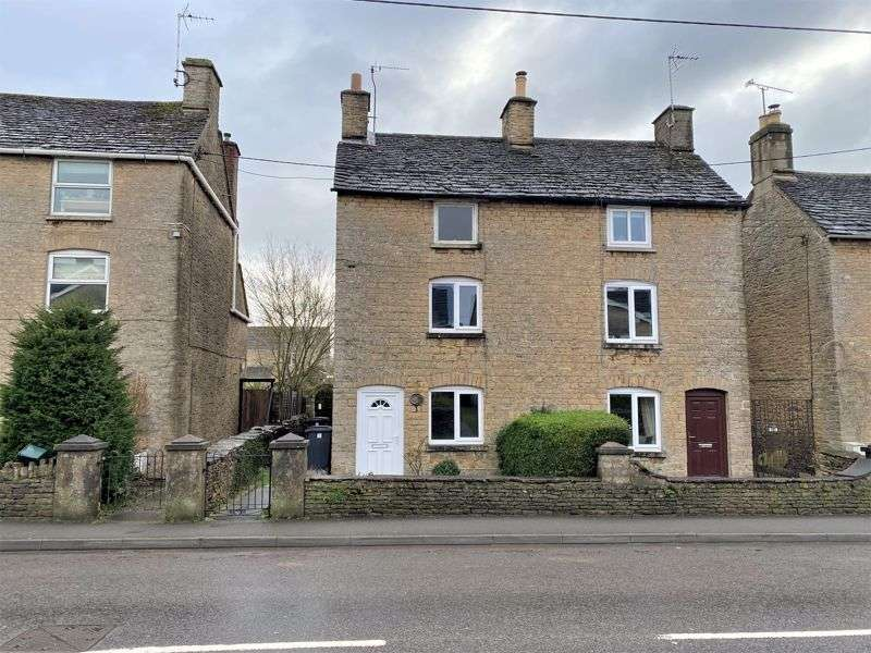 3 Bedrooms Property for sale in London Road, Tetbury