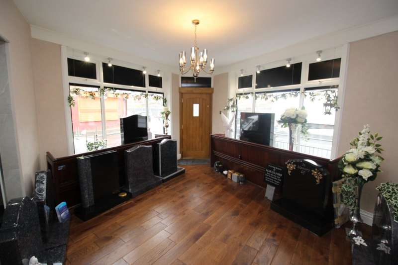 1 Bedroom Apartment Flat for sale in Hyde Road, Manchester, Greater Manchester, M18