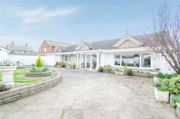 3 Bedrooms Detached Bungalow for sale in Sandhurst Road, Sandilands, Mablethorpe, Lincolnshire