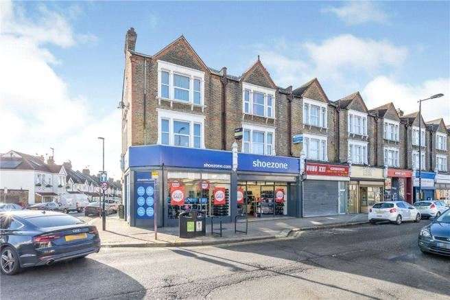 3 Bedrooms Maisonette Flat for sale in High Street, Thornton Heath, Greater London , CR7 8RW