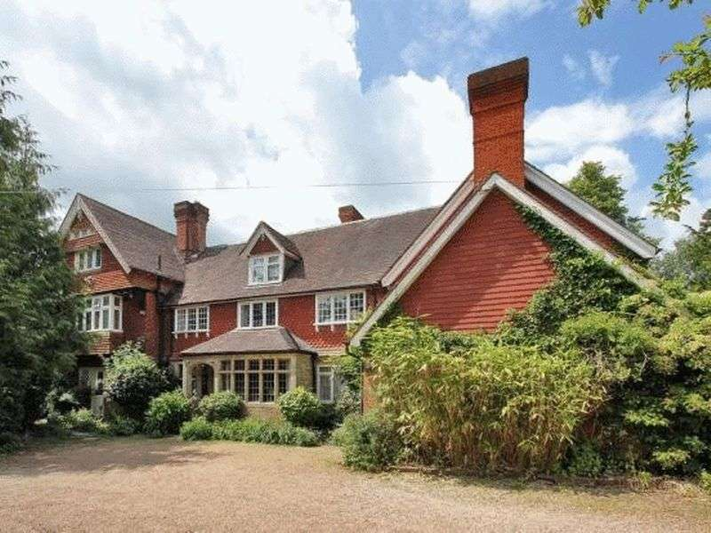 9 Bedrooms Property for sale in Plawhatch Lane, EAST GRINSTEAD
