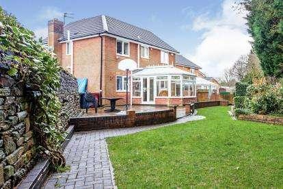 4 Bedrooms Detached House for sale in Meadow Vale, Lower Darwen, Blackburn, Lancashire