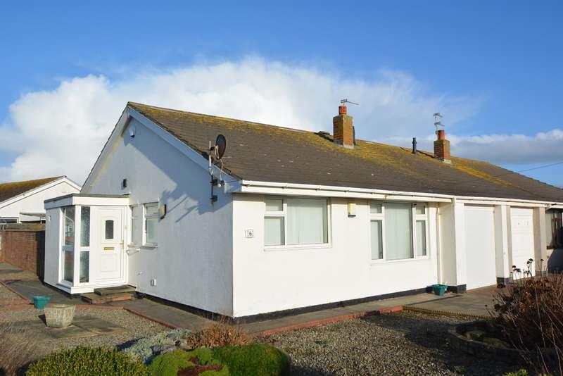 2 Bedrooms Semi Detached Bungalow for sale in Lazenby Avenue, Fleetwood, Lancashire, FY7 8QH