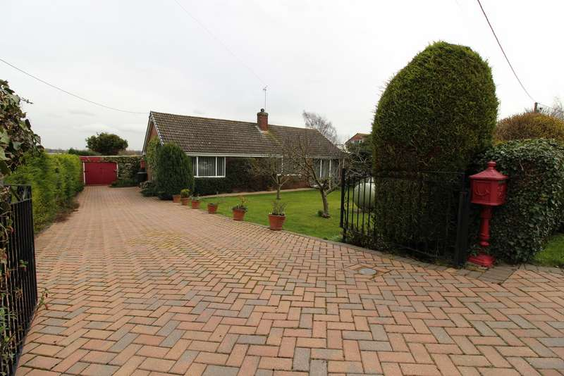 3 Bedrooms Property for sale in Stockwith Road, Walkerith DN21
