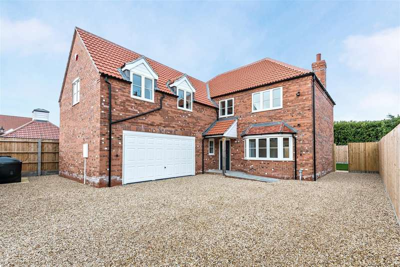 5 Bedrooms Detached House for sale in West Field Lane, Thorpe-On-The-Hill, Lincoln