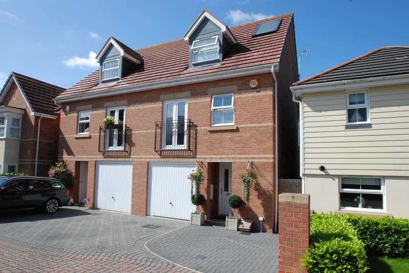 3 Bedrooms Semi Detached House for sale in BUNTINGFORD, Hertfordshire