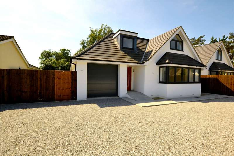 4 Bedrooms Detached House for sale in Oaks Drive, St. Leonards, Ringwood, BH24