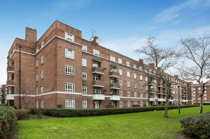 3 Bedrooms Apartment Flat for sale in Retreat Place, Hackney