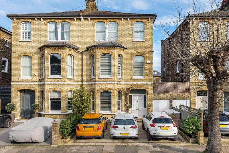 4 Bedrooms Semi Detached House for sale in Burlington Road, London, W4