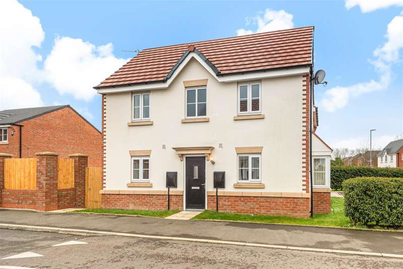3 Bedrooms Semi Detached House for sale in Chelmer Way, Eccles, Manchester, M30 8EN