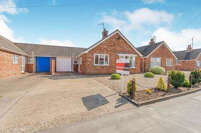 3 Bedrooms Bungalow for sale in Fishtoft Road, Boston, Lincolnshire, England