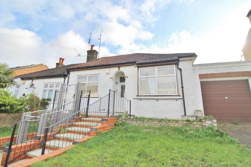 2 Bedrooms Bungalow for sale in Ruskin Road, Belvedere, Kent, DA17 5BB