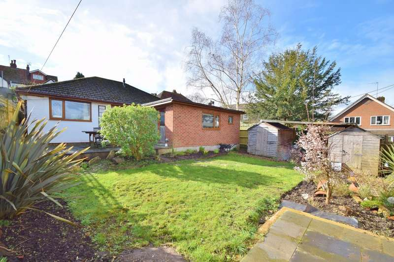 3 Bedrooms Bungalow for sale in Winchester