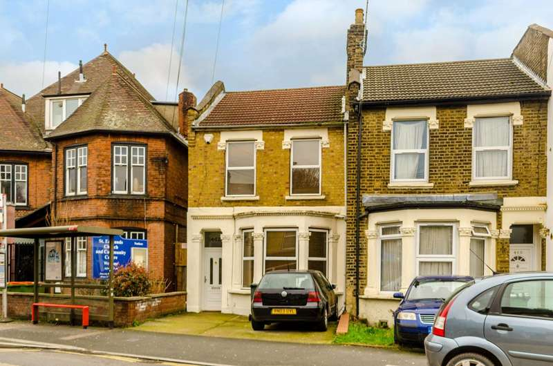 3 Bedrooms End Of Terrace House for sale in Katherine Road, Forest Gate, E7