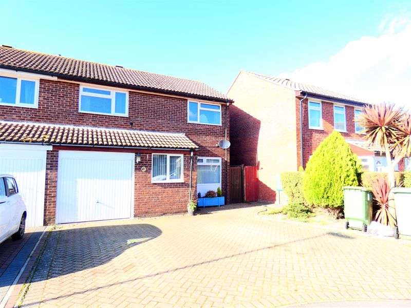 3 Bedrooms Property for sale in Fair Isle Close Stubbington, Fareham