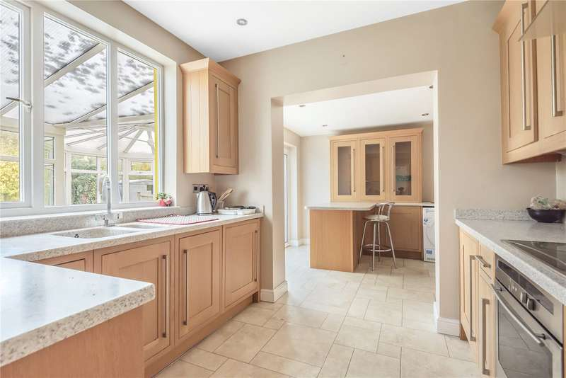 3 Bedrooms House for sale in Brookdene Avenue, Oxhey Hall, Watford, WD19
