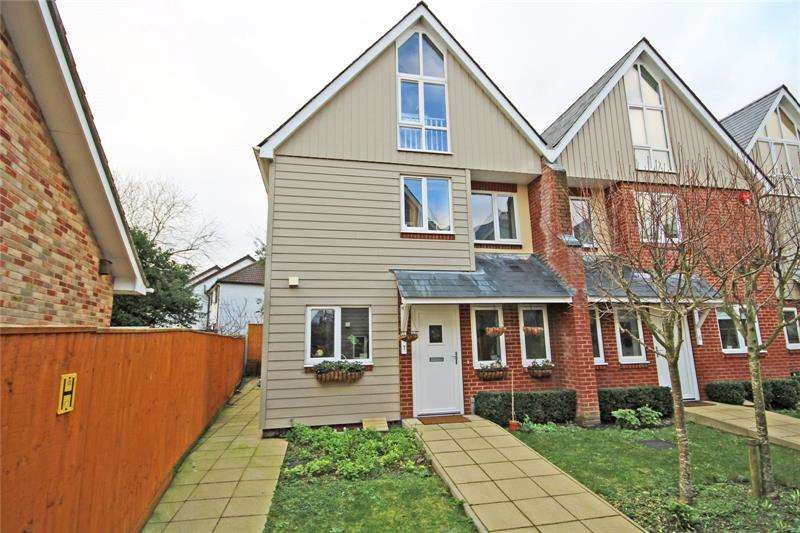 4 Bedrooms End Of Terrace House for sale in Magnolia Court, 34 Ashley Road, New Milton, Hampshire, BH25
