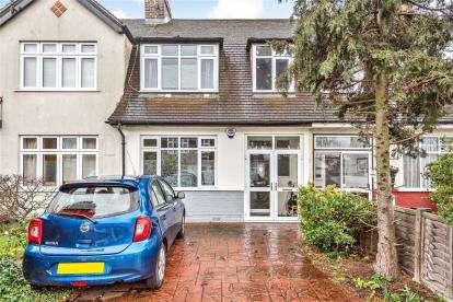 3 Bedrooms Terraced House for sale in Wimborne Way, Beckenham
