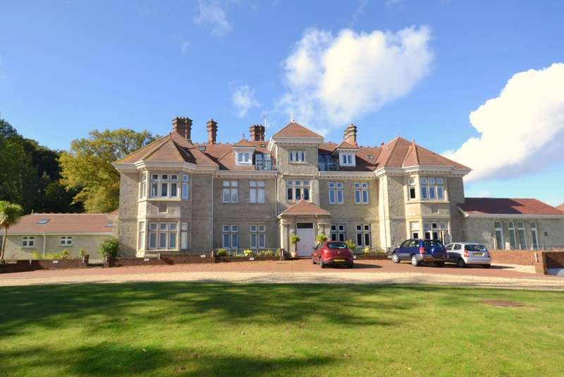 2 Bedrooms Flat for sale in Manor Road, Shanklin