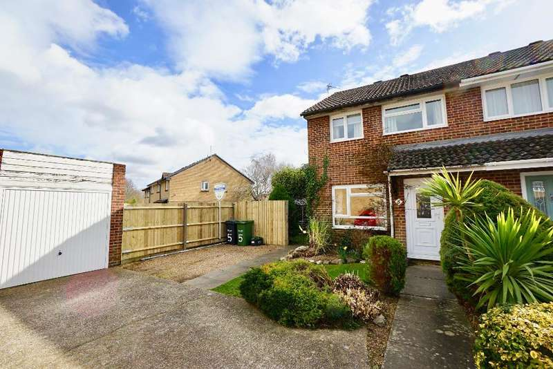 3 Bedrooms Semi Detached House for sale in Arreton, Ingleside, Southampton, SO31 5GY
