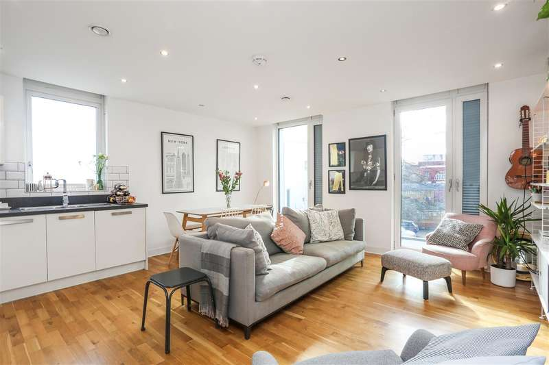 2 Bedrooms Apartment Flat for sale in Junction Road, London