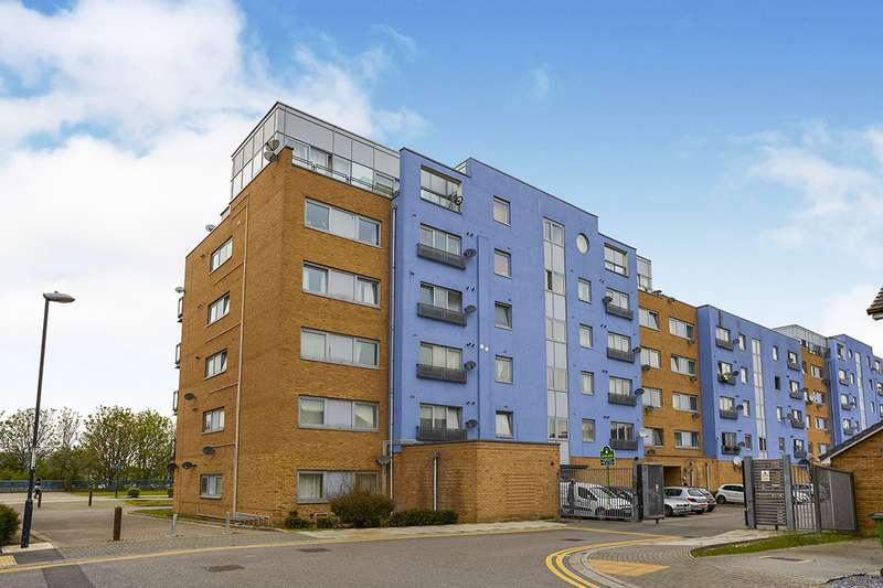 2 Bedrooms Apartment Flat for sale in Hill House, Defence Close, London, SE28