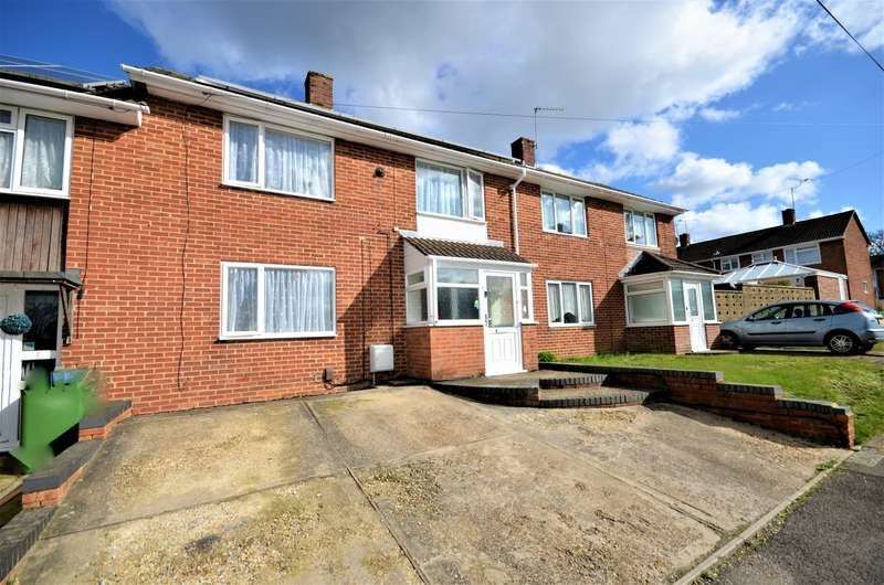 3 Bedrooms Semi Detached House for sale in Ellwood Avenue, Southampton, SO19