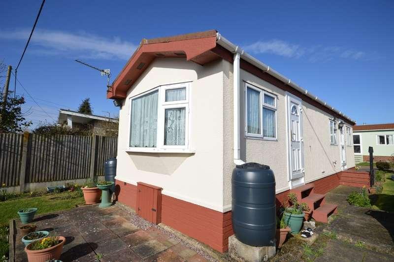 1 Bedroom Park Home Mobile Home for sale in Dengrove Park, Shalloak Road, Broad Oak, Canterbury, CT2