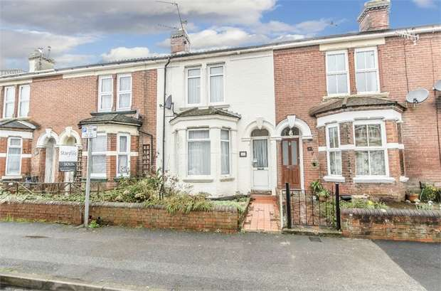 4 Bedrooms Terraced House for sale in Desborough Road, EASTLEIGH, Hampshire