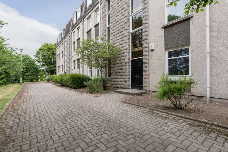Flat for sale in Linksfield Gardens, Aberdeen, Aberdeenshire, AB24 5PF