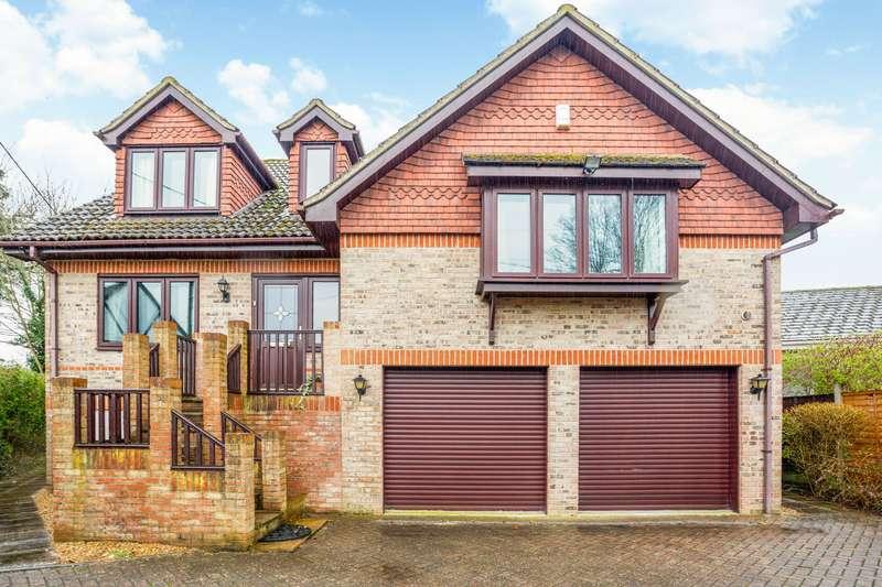 4 Bedrooms Detached House for sale in Ham Island, Old Windsor, Berkshire, SL4