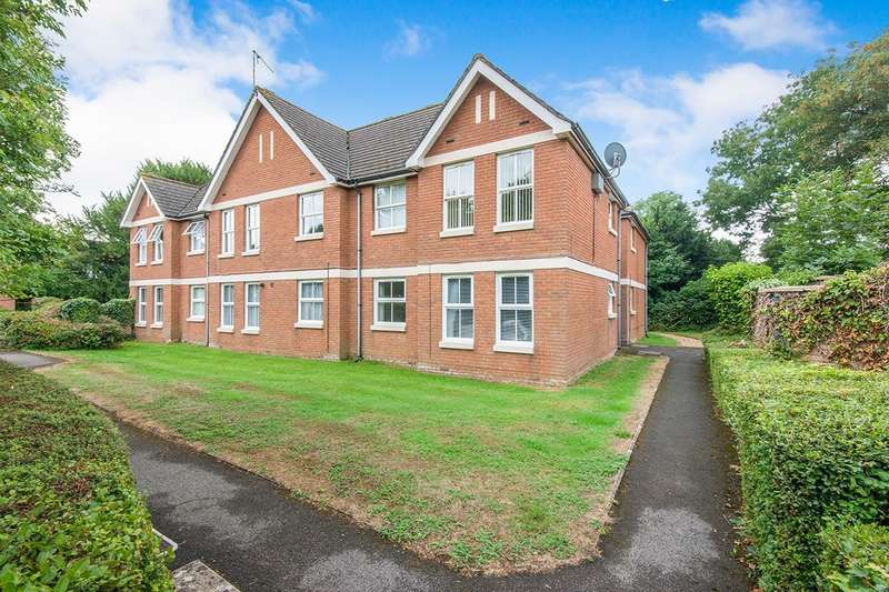 1 Bedroom Apartment Flat for sale in Balmoral Court, 9 Regents Park Road, Southampton, Hampshire, SO15